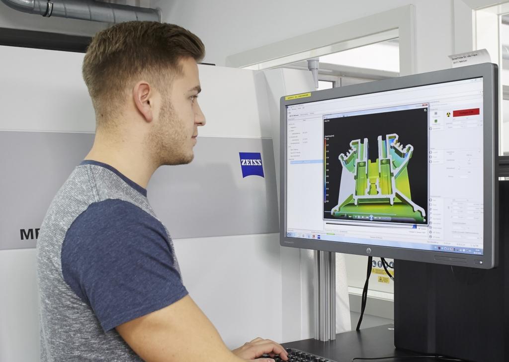 Modellierung eines 3D-Objekts an einem Computer